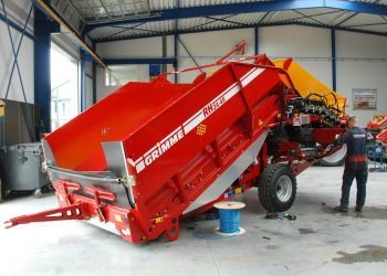 Van-der-Maar-Landbouwmechanisatie-20190508-hoverbox-contact-hornhuizen-001